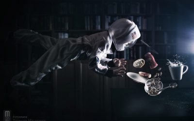 Levitation Photography  – Astronautenfrühstück